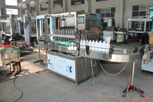 PP PE bottle chemical liquid shampoo piston filling machine