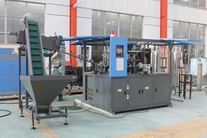 Automatic 2 cavity PET bottle blow molding machine